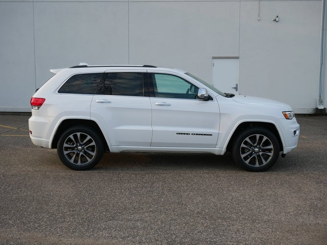 Used 2018 Jeep Grand Cherokee Overland with VIN 1C4RJFCG0JC355556 for sale in Bloomington, Minnesota