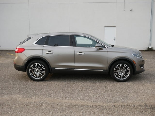 Used 2017 Lincoln MKX Reserve with VIN 2LMPJ8LR4HBL14202 for sale in Bloomington, Minnesota
