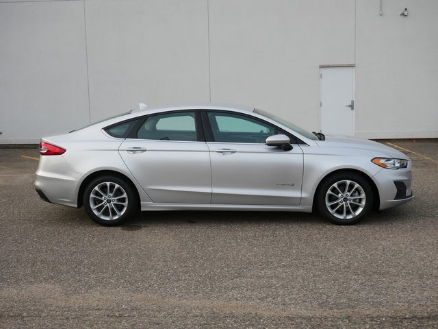Used 2019 Ford Fusion Hybrid SE with VIN 3FA6P0LU7KR126062 for sale in Bloomington, Minnesota