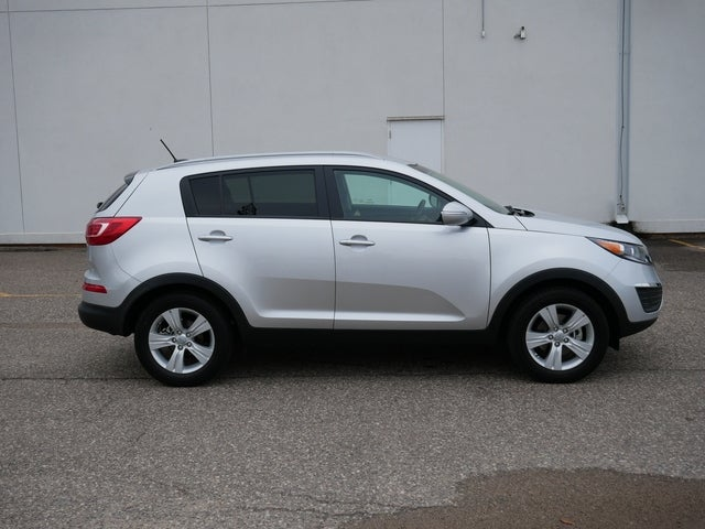 Used 2013 Kia Sportage LX with VIN KNDPB3A23D7360712 for sale in Bloomington, Minnesota